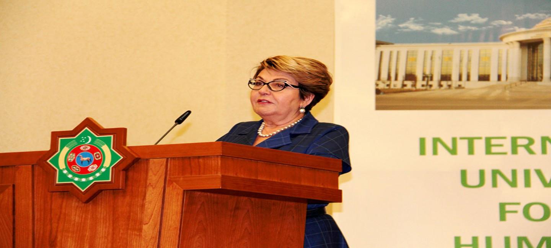 THE HEAD OF RUSSIAN COOPERATION ELEONORA MITROFANOVA PRESENTS HUMANITARIAN PROJECTS IN ASHGABAT