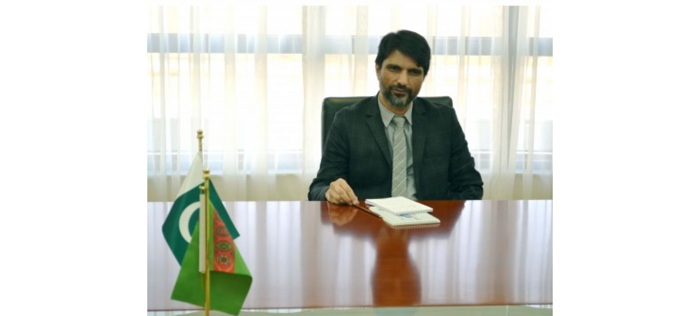 NEWLY APPOINTED AMBASSADOR OF THE ISLAMIC REPUBLIC OF PAKISTAN TO TURKMENISTAN PRESENTED THE COPIES OF HIS CREDENTIALS